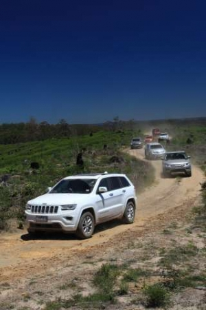 Grand Cherokee Upstages Key Rivals to Become 4x4 Of The Year