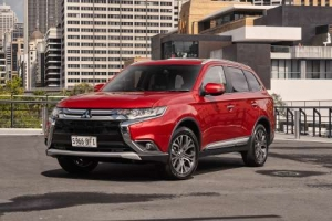 New 2016 Mitsubishi Outlander: Refined from the inside and out