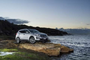 Hyundai Santa Fe Named One of Ward's 10 Best Interiors